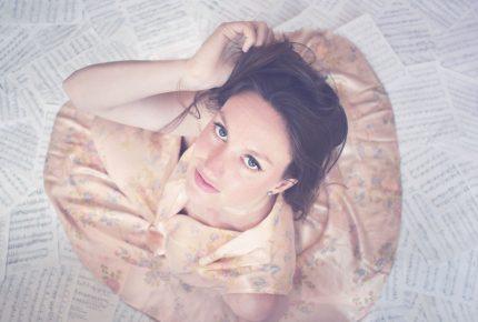 Andréanne Martin lance l'extrait radio Fais-moi la musique