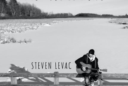 """Steven Levac ouvre son cœur et tend la main à l'être aimé avec son premier extrait radio """"Dis-moe le donc""""."""