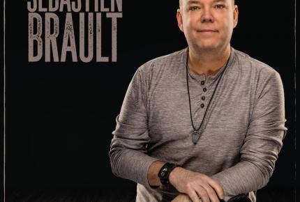 Sébastien Brault présente le second titre Notre Histoire de son EP à paraître le 13 septembre!